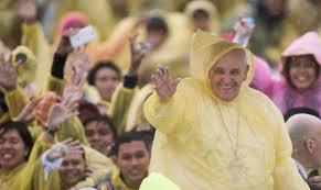 pope in tacloban rain