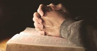 praying large