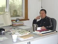 alone-in-office