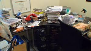 clutter home office